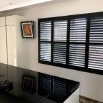 Wehlton shutters van Key-doek - zonwering op maat voor uw keuken