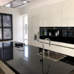Wehlton shutters van Key-doek - Unieke zonwering voor uw keuken
